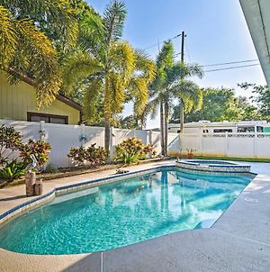 Sunny Seminole Home With Pool, 4 Miles To Beach! photos Exterior