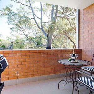 Amanda Court 2/1 Weatherly Cl - Renovated Unit With Aircon, Wifi And Close To The Beach photos Exterior