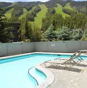 Greyhawk Condominiums In Warm Springs- Close To Lifts photos Exterior