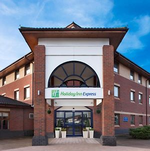 Holiday Inn Express Warwick - Stratford-Upon-Avon photos Exterior