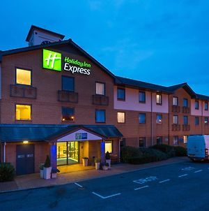 Holiday Inn Express Swansea East, An Ihg Hotel photos Exterior