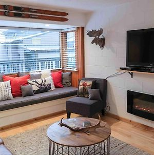 Modern Central Thredbo Apartment photos Exterior