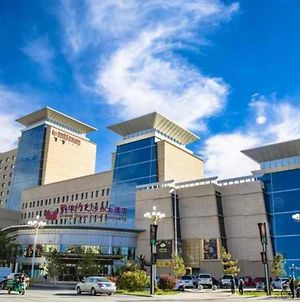 Grand Soluxe Hotel Dunhuang photos Exterior