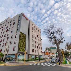 Hampton By Hilton Lima San Isidro photos Exterior