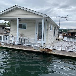 Norris Lake Tiny Home photos Exterior