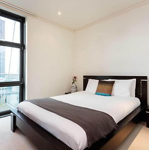 Serviced Apartment In London Near Canary Wharf Market photos Exterior