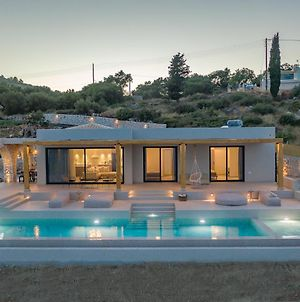 Suolo Di Gioia Villa With Magnificent Sea View And Infinity Pool 18*4M photos Exterior