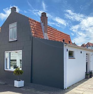 Holiday Home Dorpswoning Brouwershaven photos Exterior