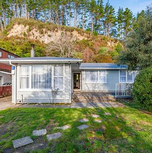 Turangi Breakaway - Turangi Holiday Home photos Exterior