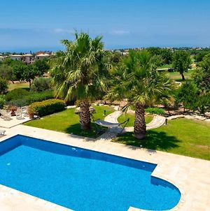 4 Bedroom Villa Lofou With Private Pool And Sea Views, Aphrodite Hills Resort photos Exterior