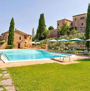 Scenic Holiday Home In Montalcino With Swimming Pool photos Exterior