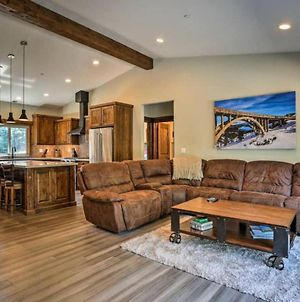 Modern & Spacious New Custom Tahoe Donner Home! photos Exterior