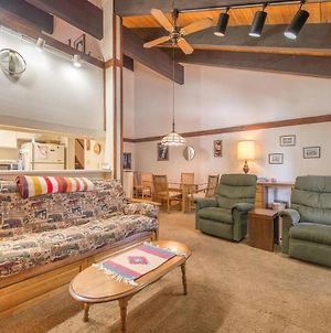Cozy Tahoe City Condo Close To Everything! photos Exterior