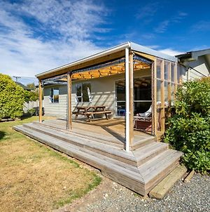 Takahe Cabin - Te Anau Holiday Home photos Exterior