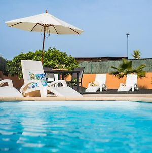 Family Villa Joy With Private Heated Pool, Bbq & Free Wifi- Suitable For Families By Holidayshome photos Exterior