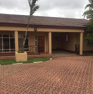 Kabulonga 3 Bedroom Fully Furnished Houses photos Exterior