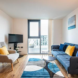 Free Parking, Iquarter Luxe 2 Bed Apartment Sheffield - Available & Book Today - Opulent Living Serviced Accommodation photos Exterior