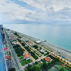 Happy Holidays Batumi photos Exterior