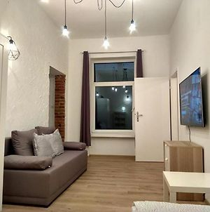 Bright Loft-Style Flat Piotrkowska Centrum - 24H Check-In photos Exterior