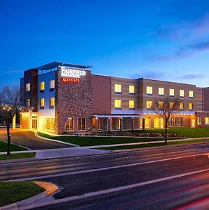 Fairfield Inn & Suites By Marriott Madison Verona photos Exterior
