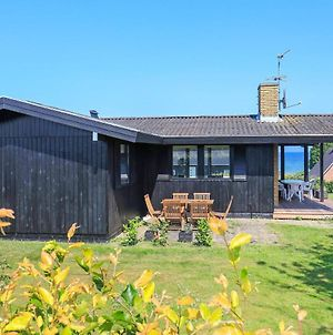 Three-Bedroom Holiday Home In Hesselager 1 photos Exterior