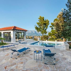 Beautiful Villa In Selca With Private Swimming Pool photos Exterior