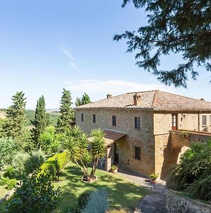 Lavish Holiday Home In Volterra With Swimming Pool photos Exterior