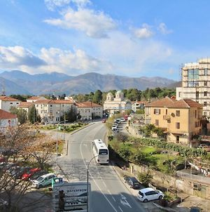 2Bd Apt In The Center Of Tivat W/ Balcony & Views photos Exterior