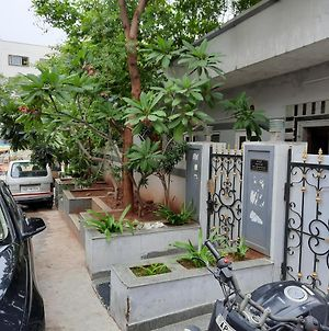 Beautiful Independent House With 2Bhk @ Manikonda, Hyderabad photos Exterior