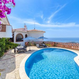 Lloret De Mar Villa Sleeps 8 Pool Wifi photos Exterior
