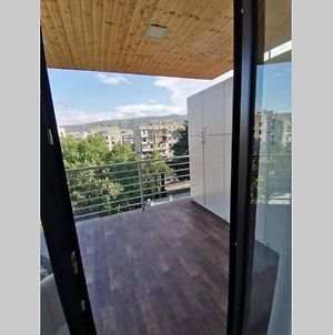 Sunny Apartment In Tbilisi With Huge Balcony photos Exterior