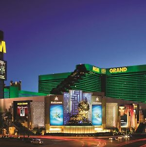 Mgm Grand Hotel & Casino By Suiteness photos Exterior