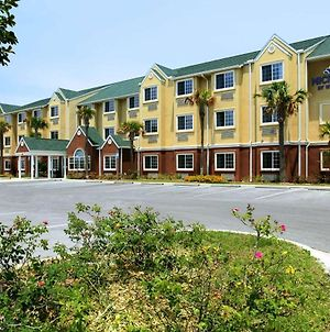 Microtel Inn & Suites By Wyndham Panama City photos Exterior