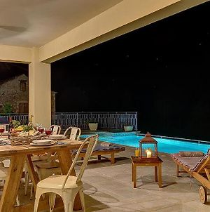 Antipata Villa Sleeps 6 With Pool Air Con And Wifi photos Exterior