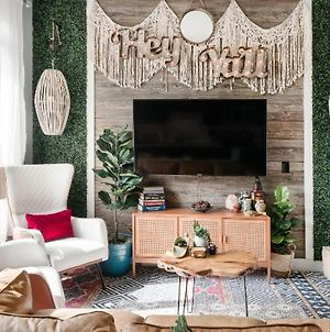 Bohemian Luxe Apartment Near Hip Venues In The Nations photos Exterior