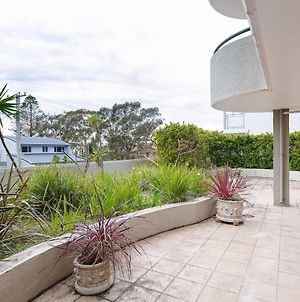 2 'Peninsula Waters' - Three Bedroom Unit With Spacious Private Courtyard & Wifi photos Exterior