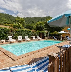 Beautiful Holiday Home In Assisi With Swimming Pool photos Exterior