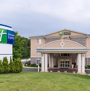Holiday Inn Express Newington photos Exterior