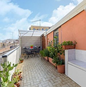 Beautiful Holiday Home In Catania With Barbecue photos Exterior