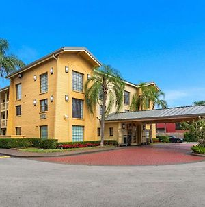 La Quinta Inn By Wyndham Miami Airport North photos Exterior