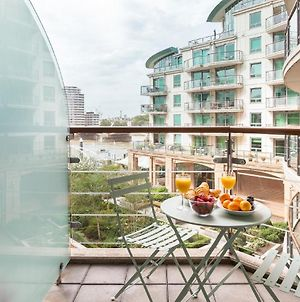 Vauxhall Riverside Apartment With Balcony photos Exterior