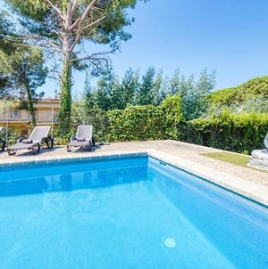 Lloret De Mar Villa Sleeps 9 Pool Wifi photos Exterior