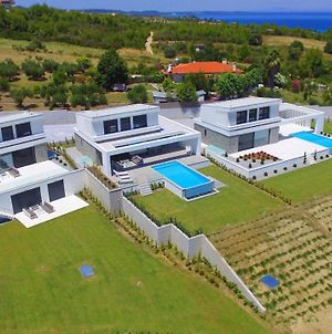 Villas Les Blancs - 6 Bedrooms, Private Pool, Panoramic View photos Exterior