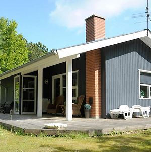 Three-Bedroom Holiday Home In Glesborg 31 photos Exterior
