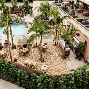 Custom Hotel photos Exterior