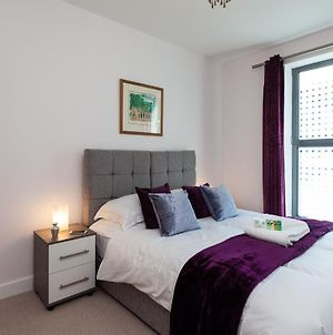 Self-Contained Town Centre Apartments Cromwell Rd By Helmswood Serviced Apartments photos Exterior
