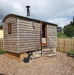 Foxgloves Shepherd Hut photos Exterior