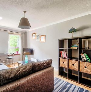 Lovely 1 Bedroom Apt In Town Center By Guestready photos Exterior