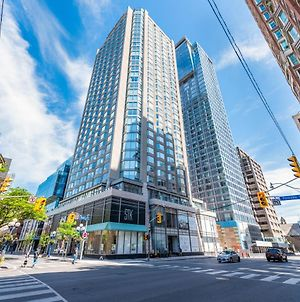 Premium Suites Furnished Apartment - Yorkville Toronto photos Exterior