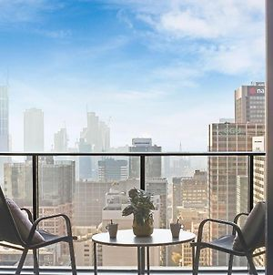 An Exquisite 2Br Apt With Stunning City Views photos Exterior